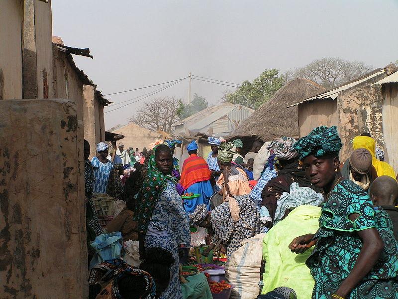 Markt in Senegal (c) Apethitan