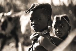 Mädchen aus dem Volk der Himba